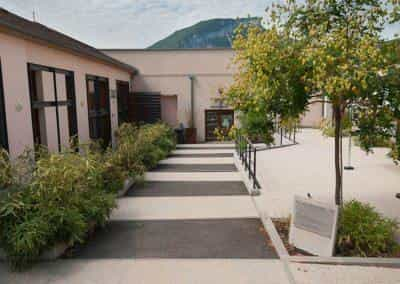 Cour espace Maurice Vial